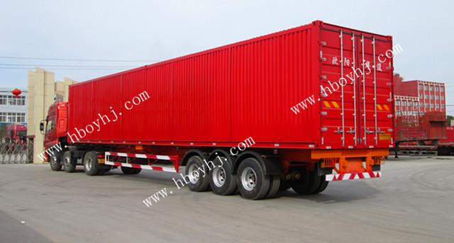 载货部位为集装箱结构的半挂车